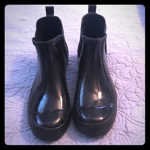 Shoes - Black ankle rain boots